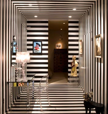 domino style striped walls and floors