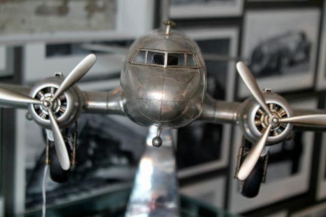 Airplane from Andrew Martin International