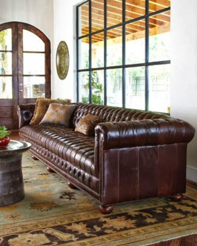 Trend Pin Tuesday: Tufted Chesterfield Sofas