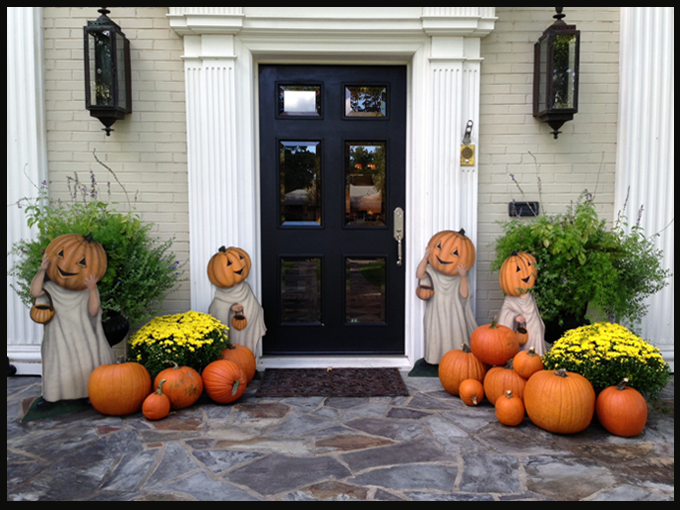 Fall front porch decor photo