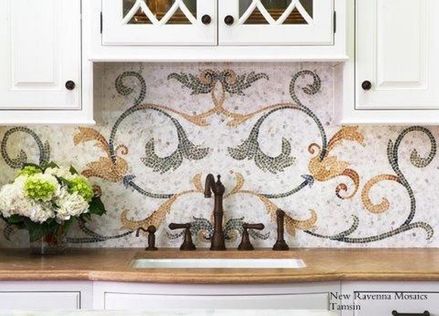 Luxury kitchen blacksplash design