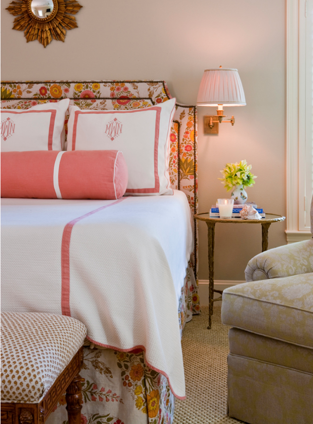 Top Tips for Arranging Pillows on Your Bed - Functional and Decorative