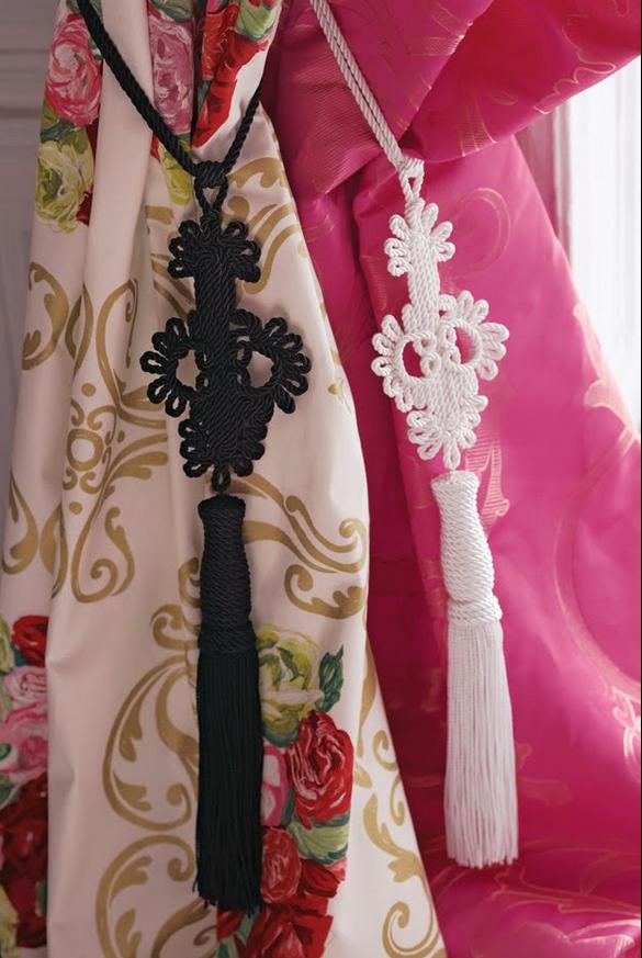 timeless curtain design