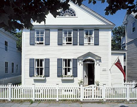 Alexandra Stoddard Ct Clapboard Cottage