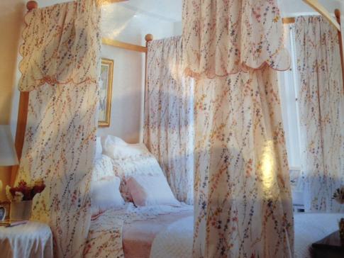 AlexandraNYbedroom