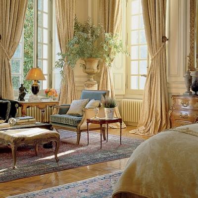 Comfortably Elegant: Timothy Corrigan On Designing Gracious Bedroom Details