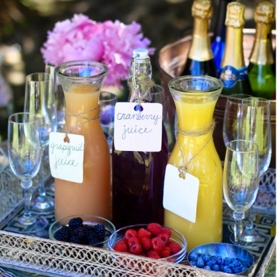 Summer Entertaining Tips: Recipes + Trayscapes + Barcarts!