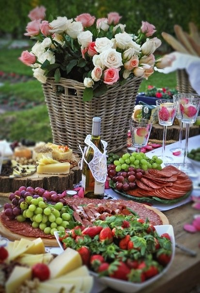 Flowersbasket&fruit table