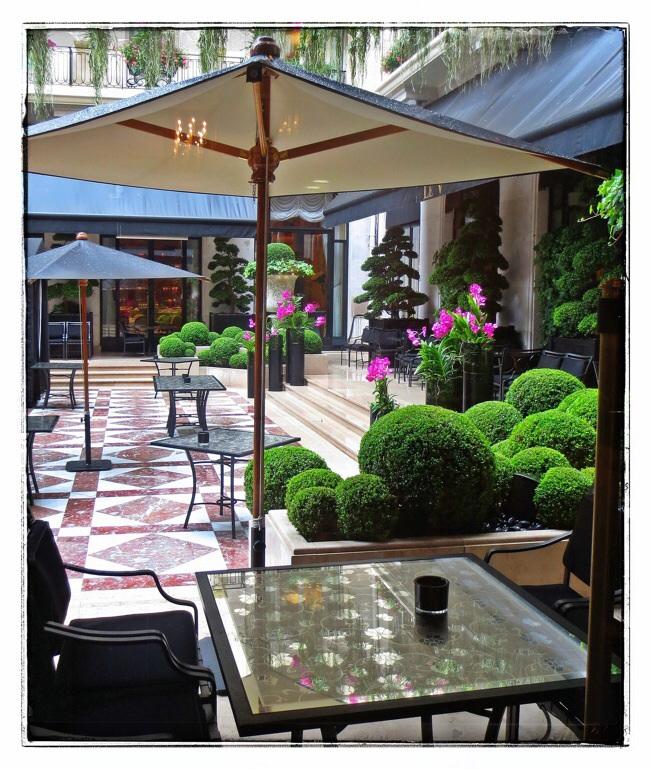 Paris Four Seasons Hotel, George V