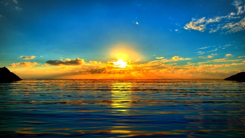 Sunrise-In-The-Sea-Wallpaper