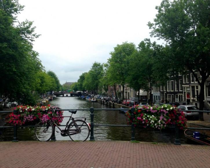 amsterdambikebridge-e1407457242607