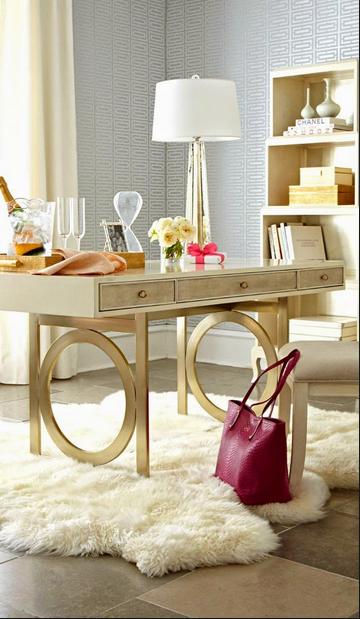 Bernhardt's Salon Desk Photo