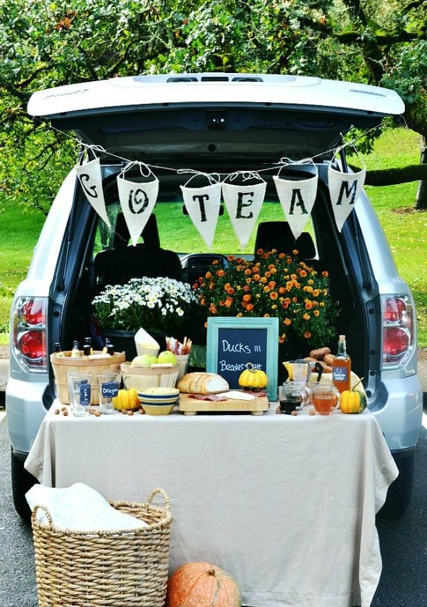 TAILGATING TREATS TO TRY with decorated tailgate photo