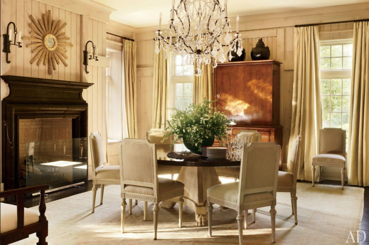 dining room designed by Atlanta designer, Suzanne Kasler