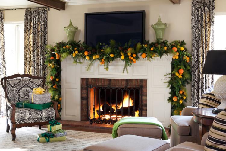 Festive fireplace screen