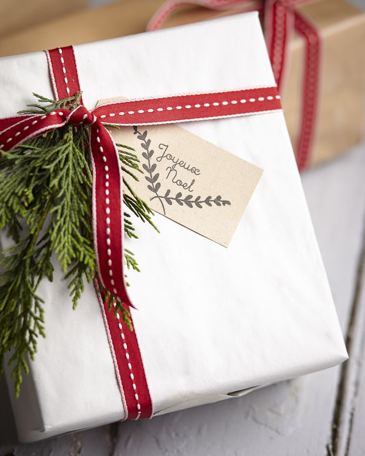 pretty christmas gift wrap tags