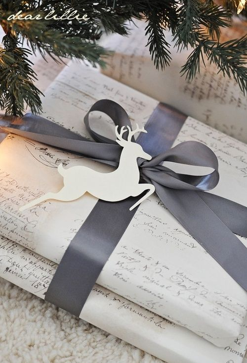 Handwritten note gift wrapping