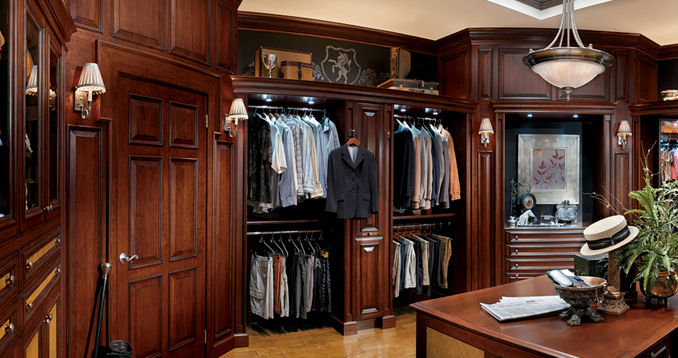 Hunt Club Valet dressing room