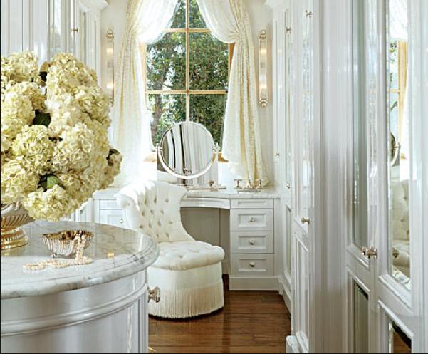 white vanity stool photo