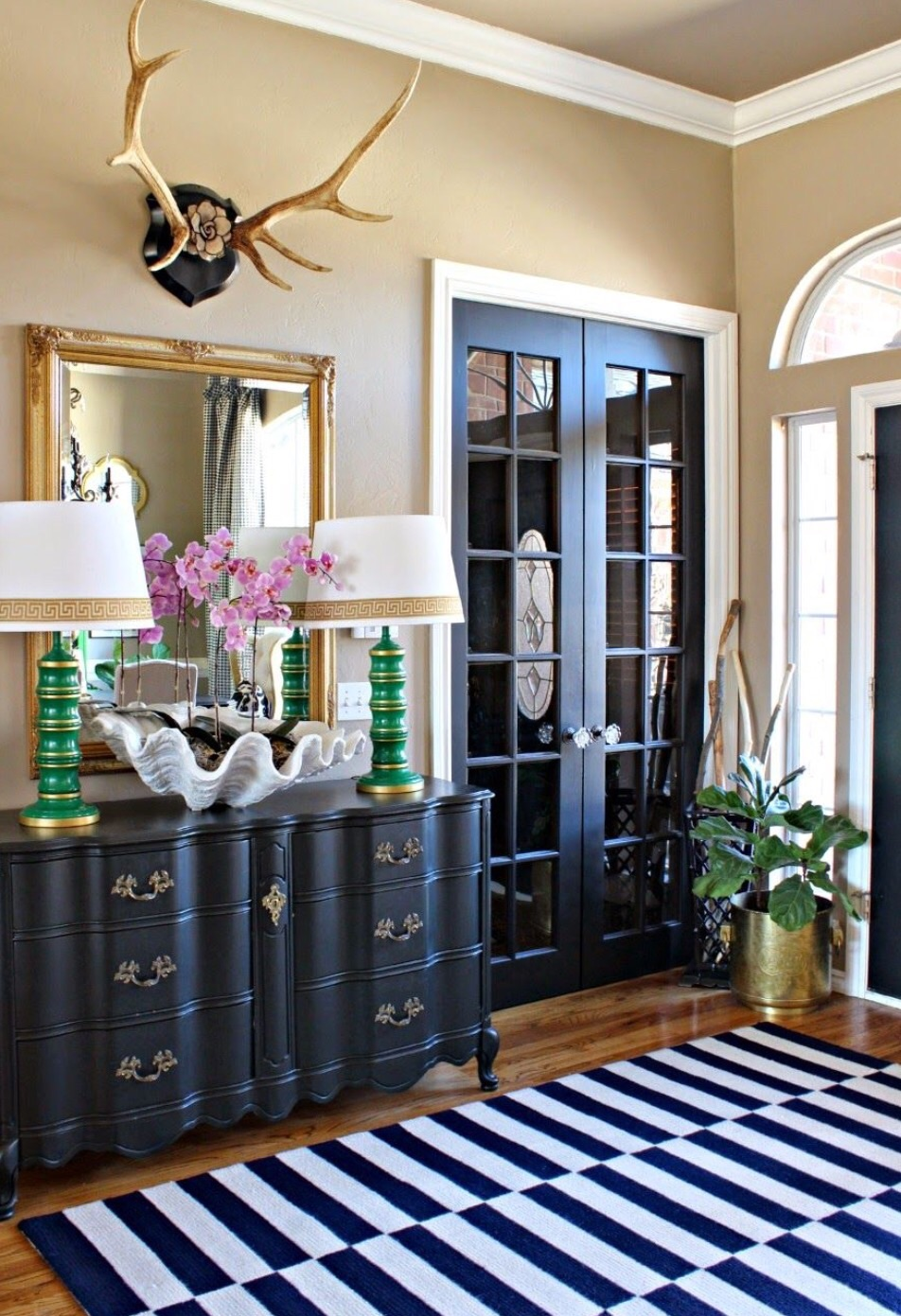#3 Black Doors Add Balance To Other Black Décor In The Room