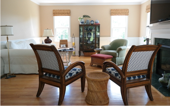 Boston designer Linda Holt's *BEFORE* Family Room for the Fall 2015 #OneRoomChallenge