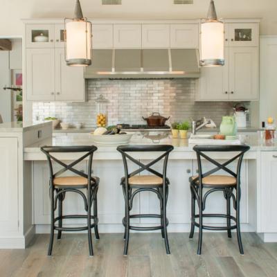 Kitchen Inspiration! Metallic Tile Backplashes!
