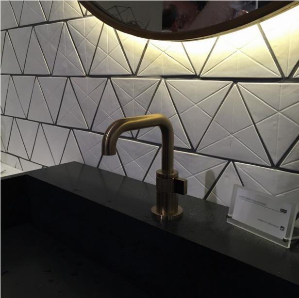 matte-black-sink-with-brizo-litze-faucet-image-arianne-bellizaire.2.16.jpg