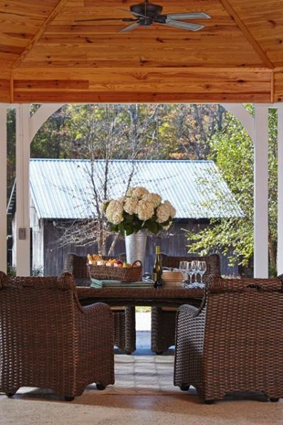 Fall Outdoor Designs from Traditional Home, Barclay Butera and More!