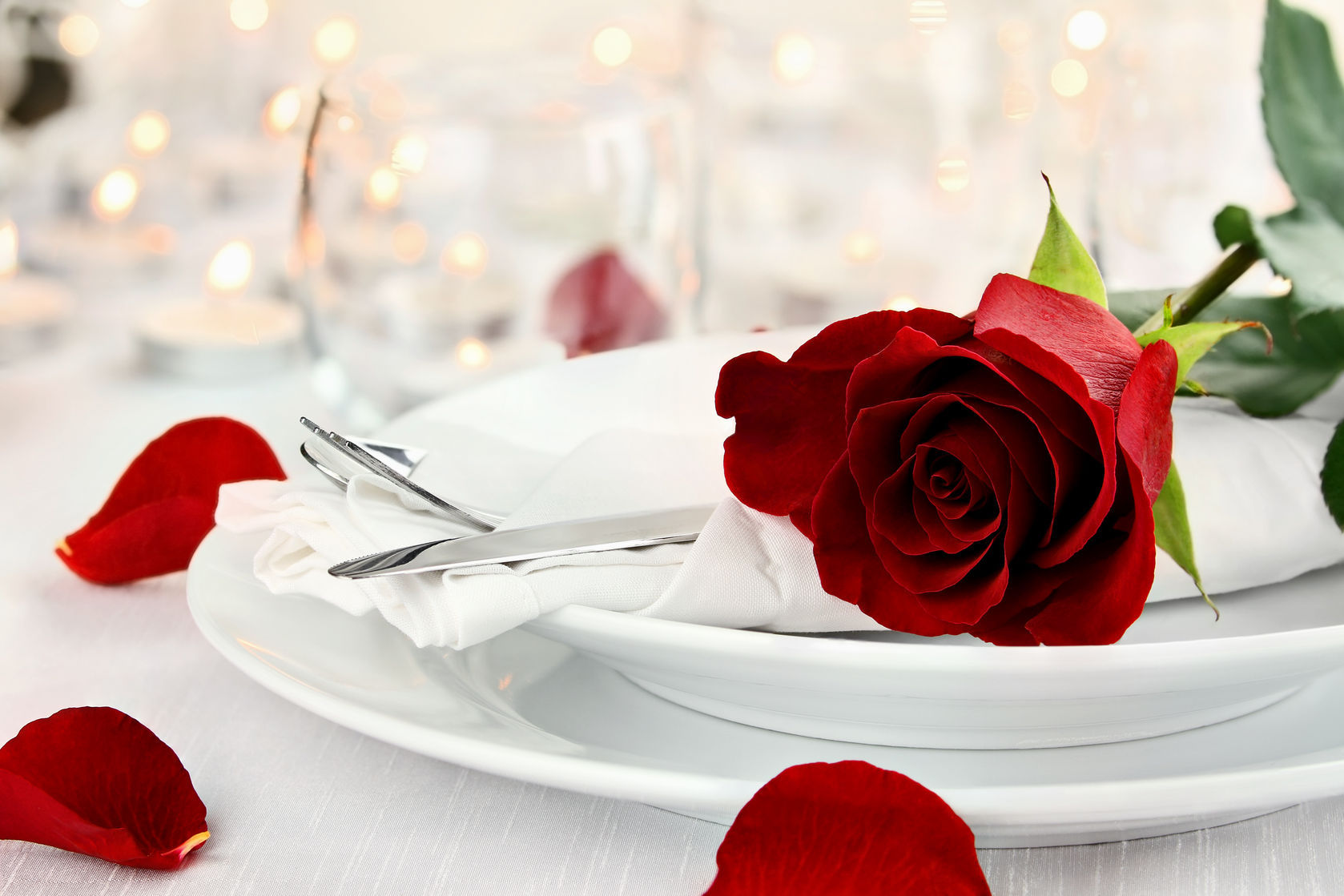 romantic-table-setting & Show Some Love This Valentineu0027s Day With A Romantic Table Setting ...