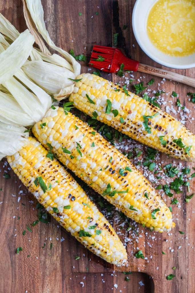 grilled corn recipe, 4th of July food ideas. Click to see even more 4th of July party ideas in the post!