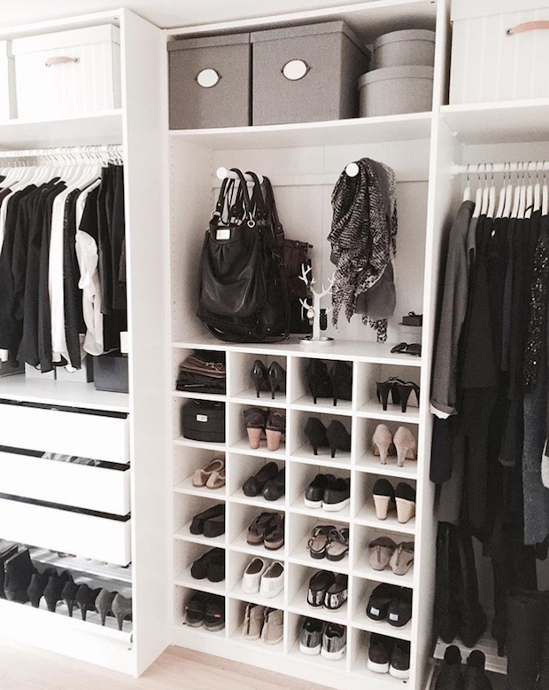 Store seasonal clothing. Click to see even more tips on how to organize your closet