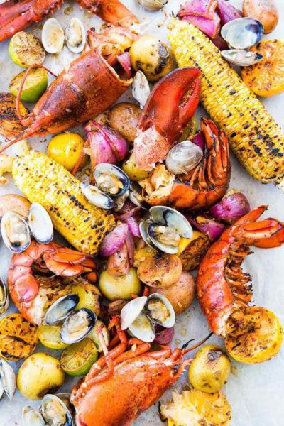 How to Throw a Hamptons-Inspired Clambake