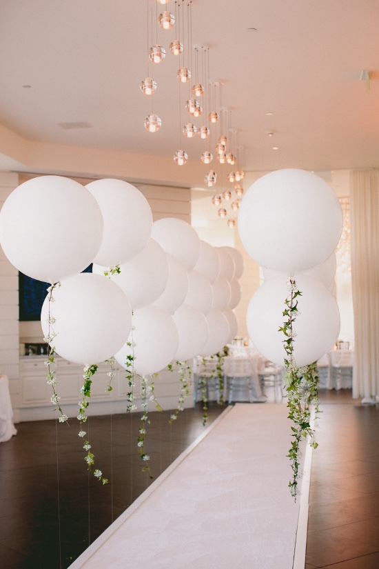 white out balloon party garland