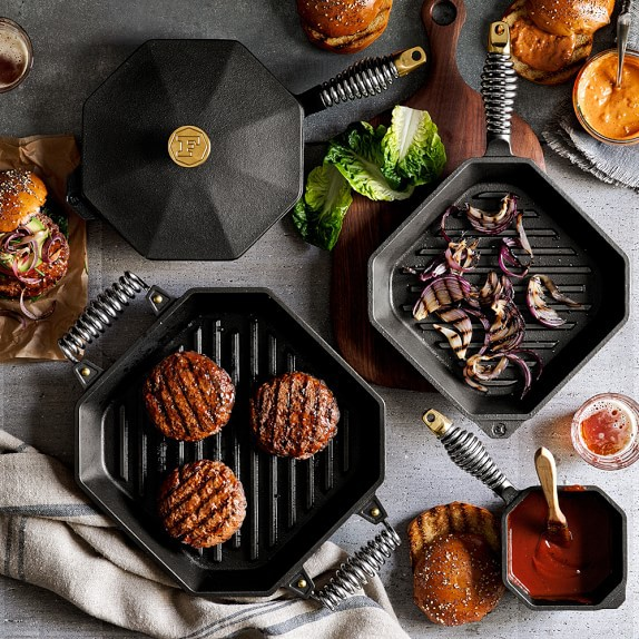 Must have kitchen essentials: cast iron cookware! Click to see the rest of our recommendations in the post.