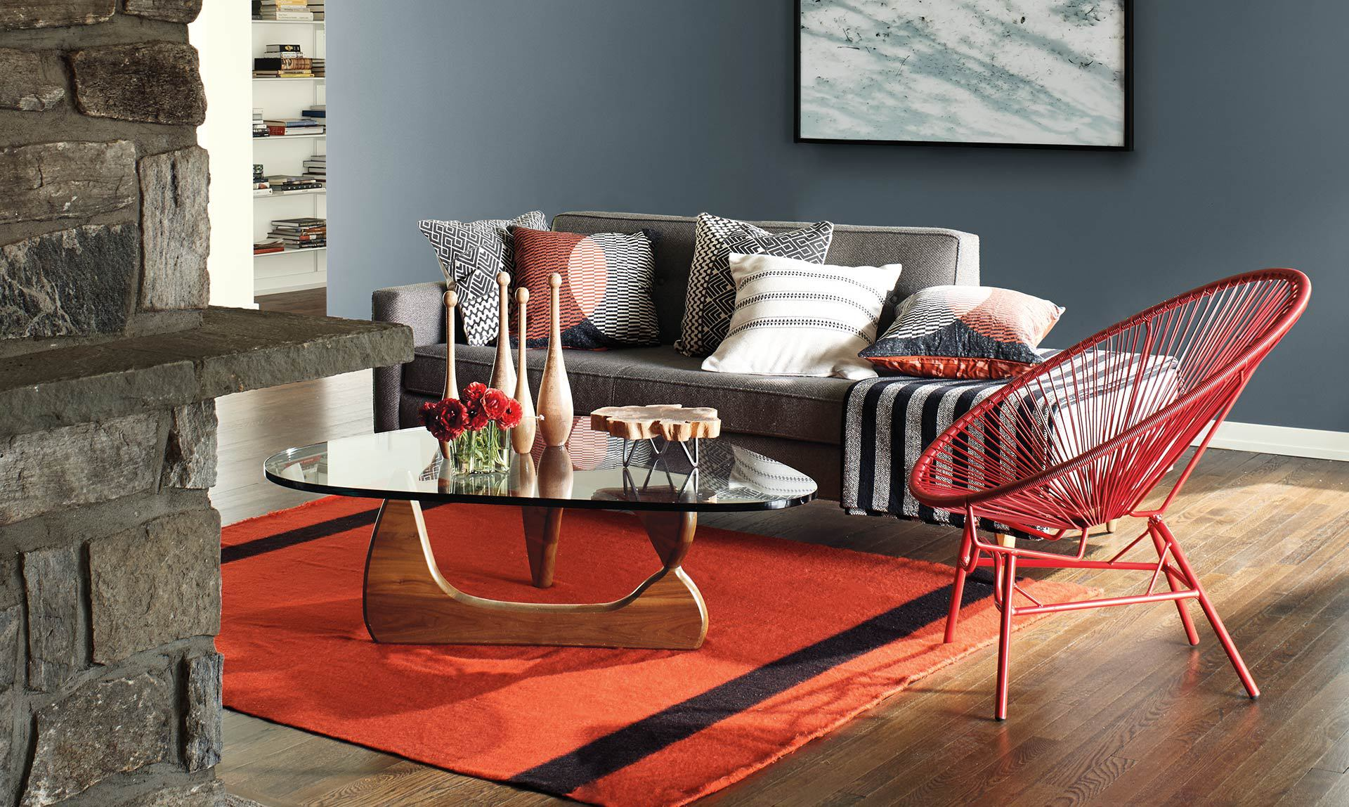 Benjamin Moore's 2018 Color Of The Year, 'Caliente'. 6
