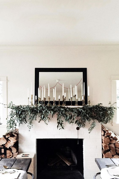holiday mantel decor we adore decorate with candlelight