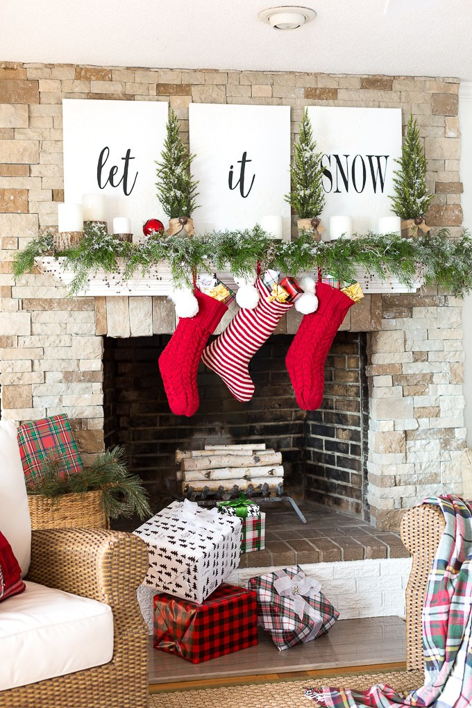holiday mantel decor we adore black, white and red