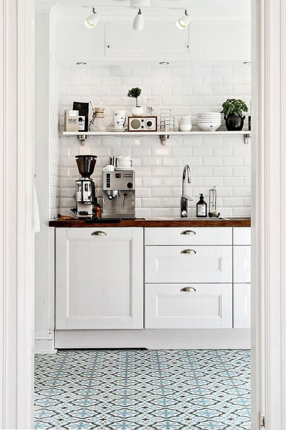 patterned tile kitchen floor