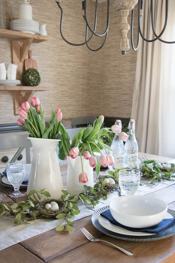 easter tablescape ideas tulips