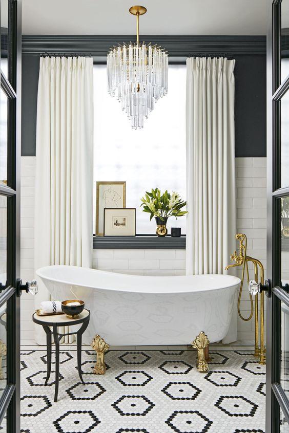 Black And White Interior Design: Beautiful Black And White Bathrooms