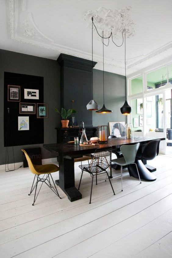 An Open & Eclectic Bold Office