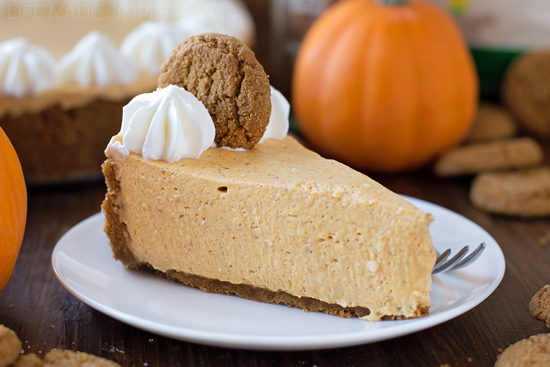 Informal Thanksgiving Dinner:  Tabletops & Recipes - No Bake Pumpkin Cheesecake