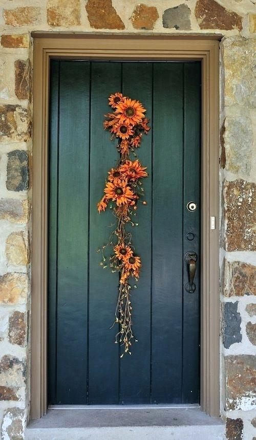 Front Porch Inspirations: Sunflower vine on door