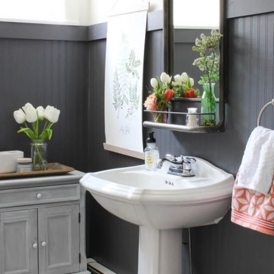9 Ways to Use Beadboard in Your Bathroom