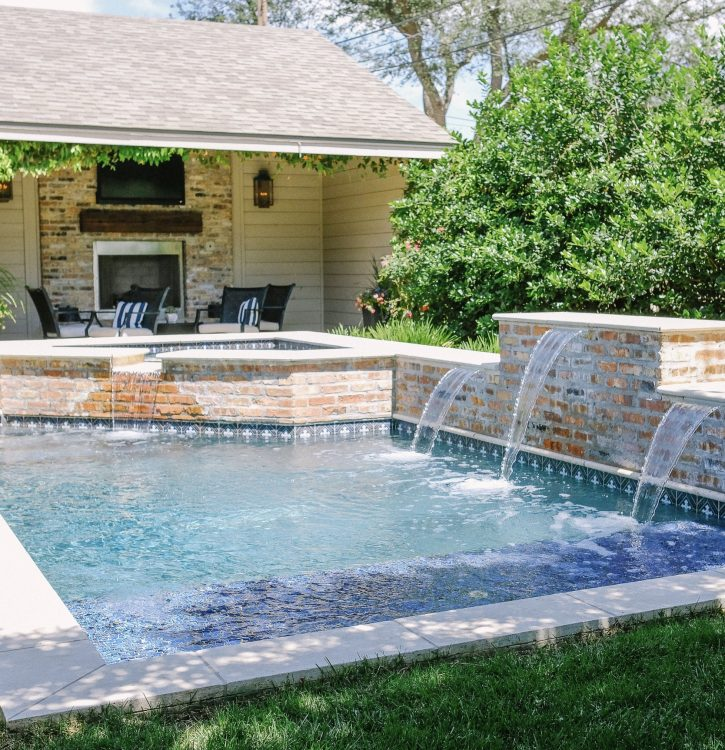 Pool Design Ideas for Small Yards