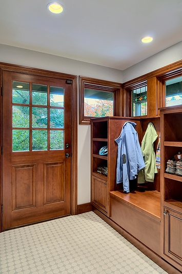 Entryway Mudroom Design