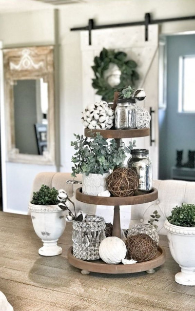 Create a Showstopping Christmas Porch