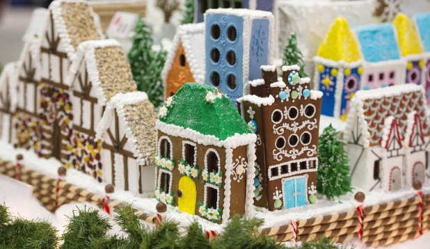Hyatt Regency Vancouver gingerbread house display