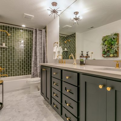 2021 Bathroom Design Trends: Colors, Tile, Flooring & More